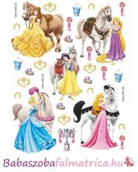 Hercegnők és lovak kislány falmatrica