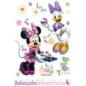 Minnie és Daisy sütnek falmatrica